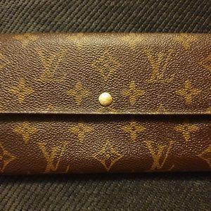 💯Authentic Louis Vuitton Sarah Monogram Wallet